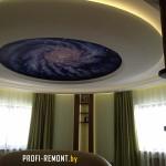 Спальня в круглой комнате