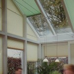Установка на стеклянном потолке